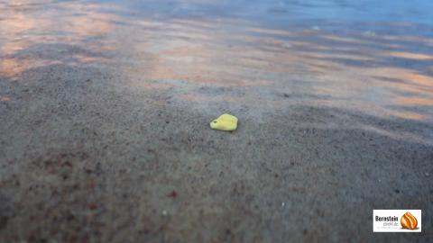 Bernstein im Wasser erkennen, Bernstein im Wasser finden